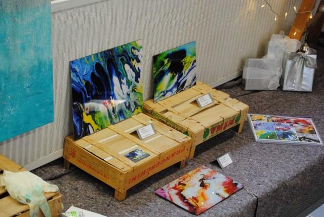fluids mit acryl ganz modern in allen farben, abstrakte kunst in weilheim bei münchen