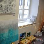 kleine ausstellung in der buchhandlung stöppel in weilheim, kunst im atelier, fluids und große keilrahmen